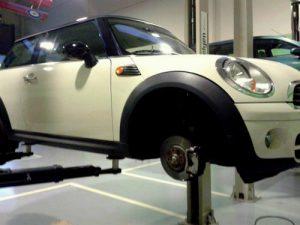 Talleres mecánicos Auto Box en Reus Tarragona